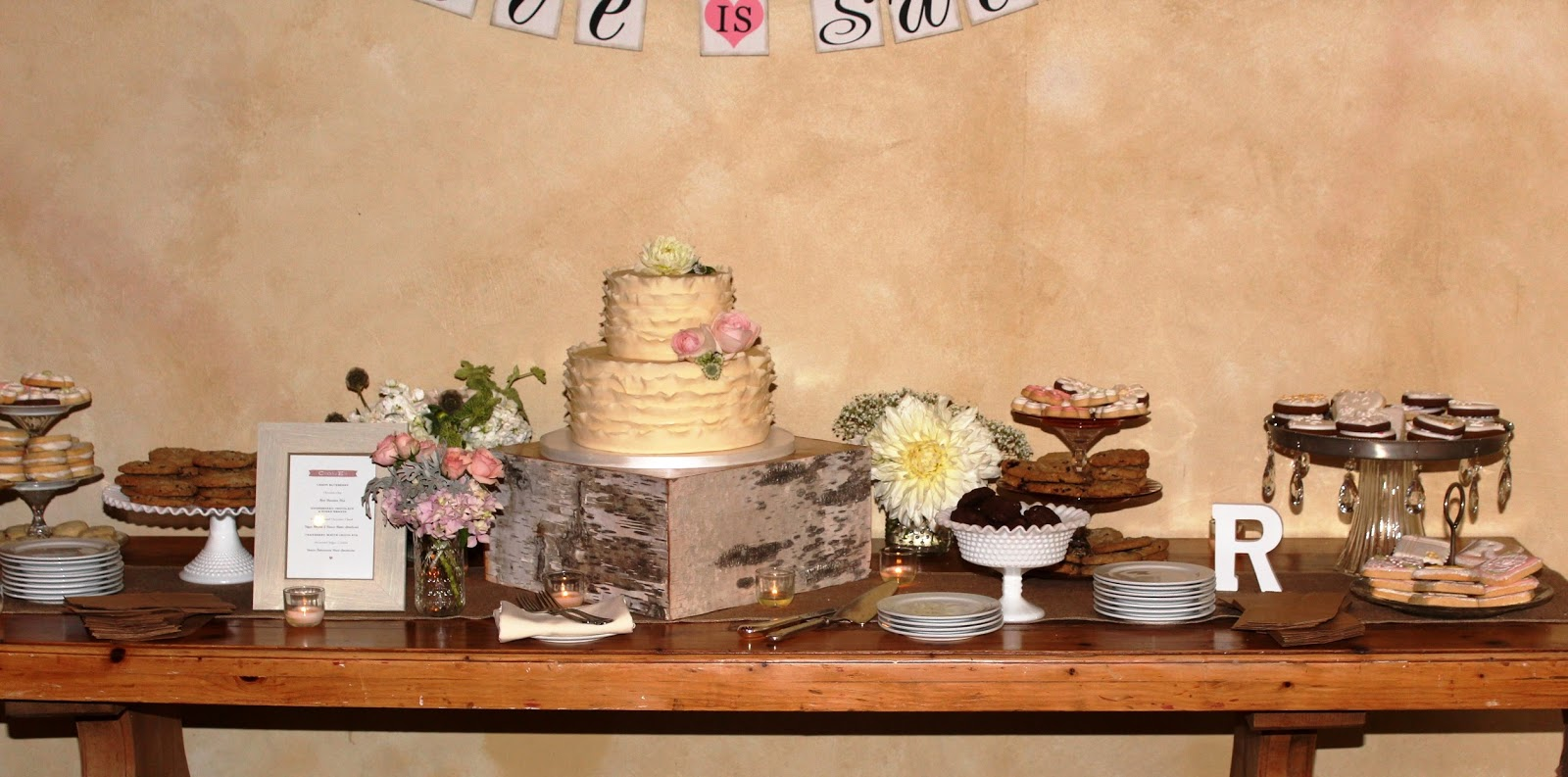 Country Cupboard Cookies Blog: A Wedding Cookie Bar