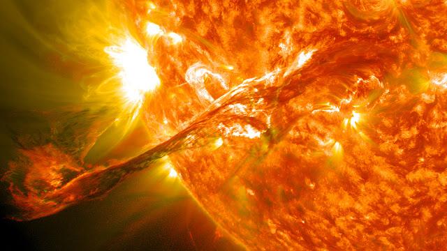 Вспышки на солнце октябрь 2015