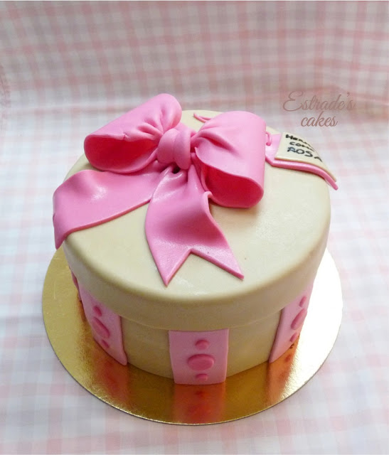 tarta caja decorada con fondant - 1