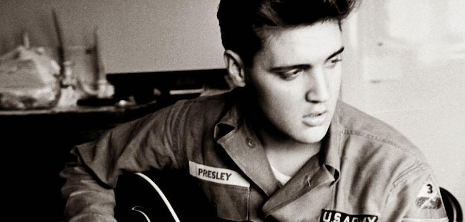 Cinebiografia de Elvis Presley pode ser dirigida por Baz Luhrmann