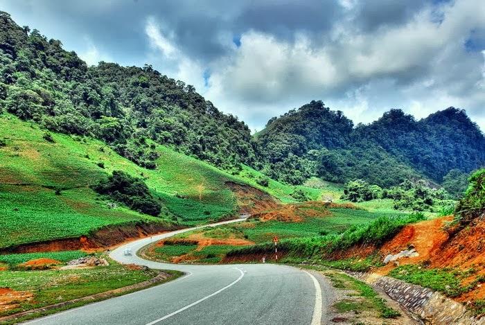 Cho thuê xe đi Sơn La Tuyên Quang thành phố 3