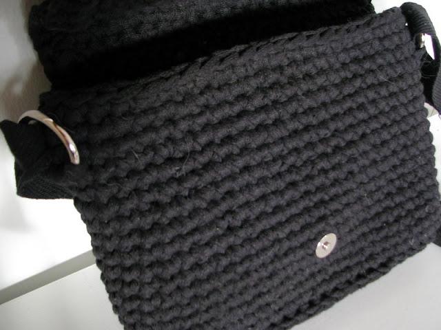 Virkattu Laukku Kuteesta : Koukutettu uusi laukku