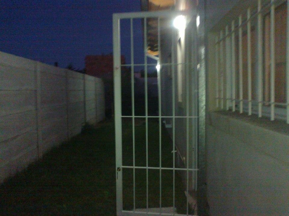 Herreria y estructuras tito ventanas y puertas de rejas - Rejas de seguridad ...