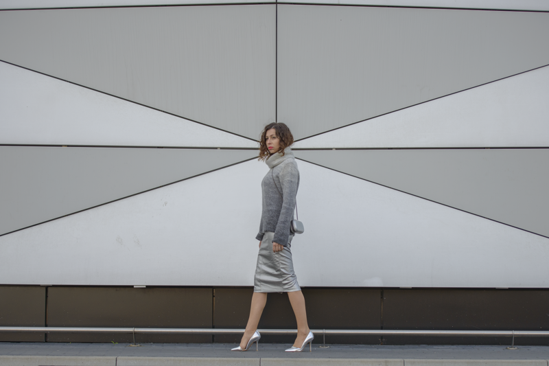 silver skirt street style