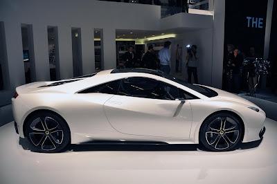 http://4.bp.blogspot.com/-R2gA-LP-YIM/TjBLEx_WEmI/AAAAAAAABY0/VNJKIzgyjAY/s400/Lotus+Esprit+Concept+%2540+2010+Paris+motor+show+%252810%2529.jpg