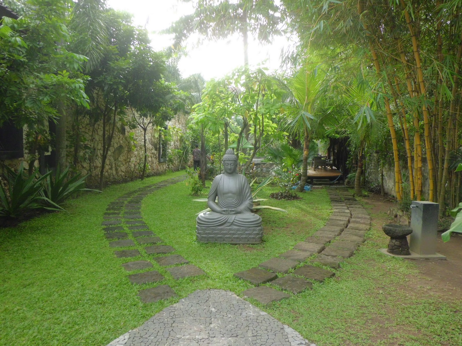 Pictures Of Beautiful Backyard Gardens : beautiful garden with buddhist sculpture these are three beautiful