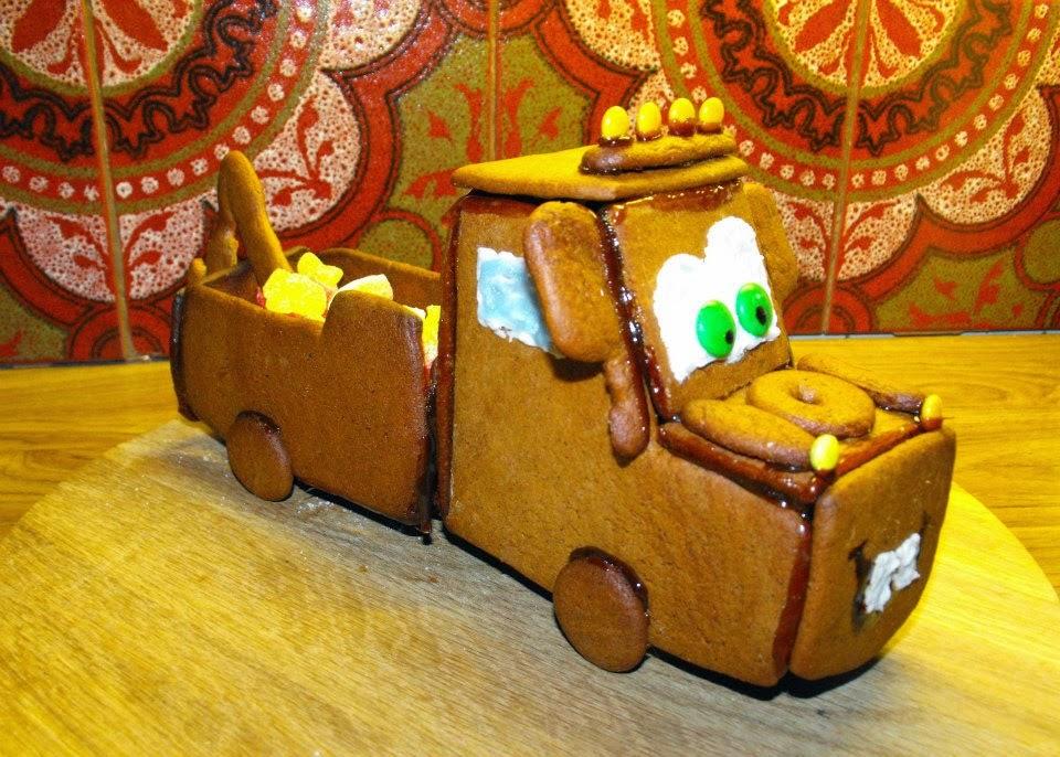 Bärgarn, pepparkaksbärgarn, Disney, disney cars, pepparkakshus, pepparkaka, Sösdala, Hässleholm, Jul, Christmas, gingerbread, gingerbreadhouse, kristyr, pyssla