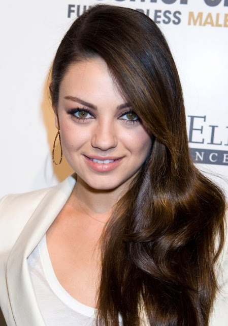 Mila Kunis hairstyle Female of the Year Award Cosmopolitan