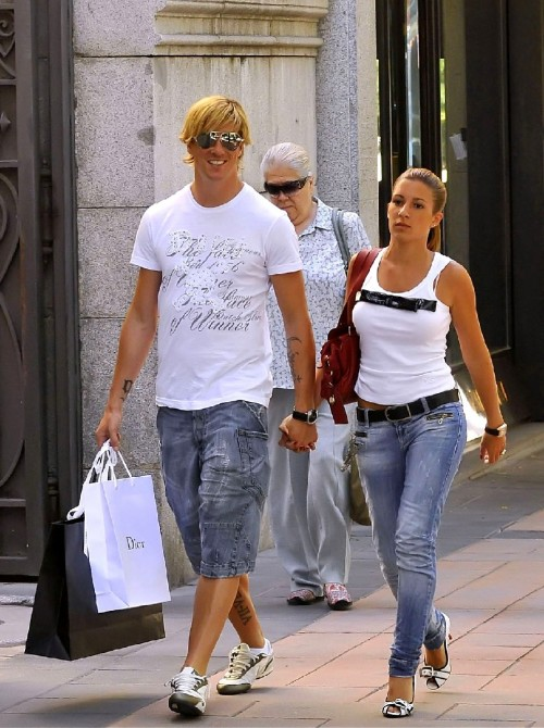 Fernando Torres With His Wife in Latest Photographs ...