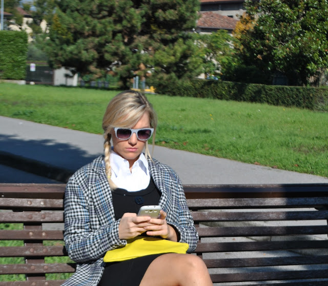 occhiali da sole italia independent occhiali mariafelicia magno fashion blogger color block by felym fashion blog italiani fashion blogger italiane blogger italiane di moda fashion blogger bergamo fashion blogger milano fashion bloggers italy blonde hair blonde girls blondie fashion blogger bionde