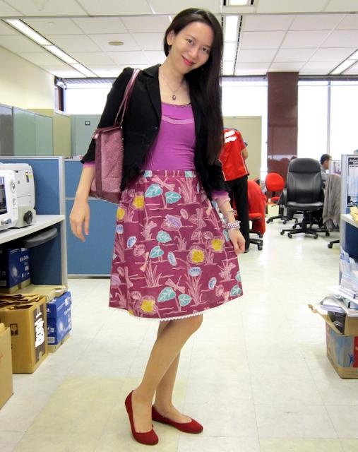 stylish fashionable feminine frugal maternity wear