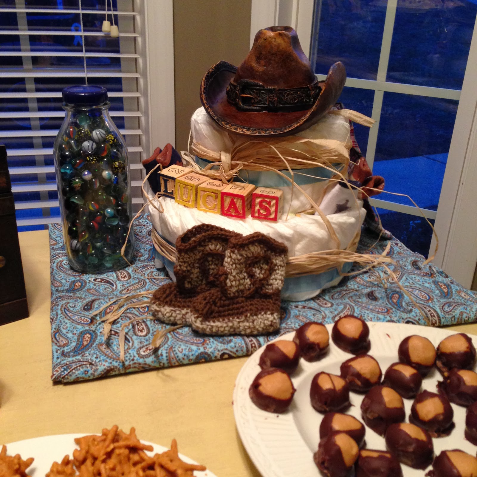 photogirli western cowboy themed baby shower