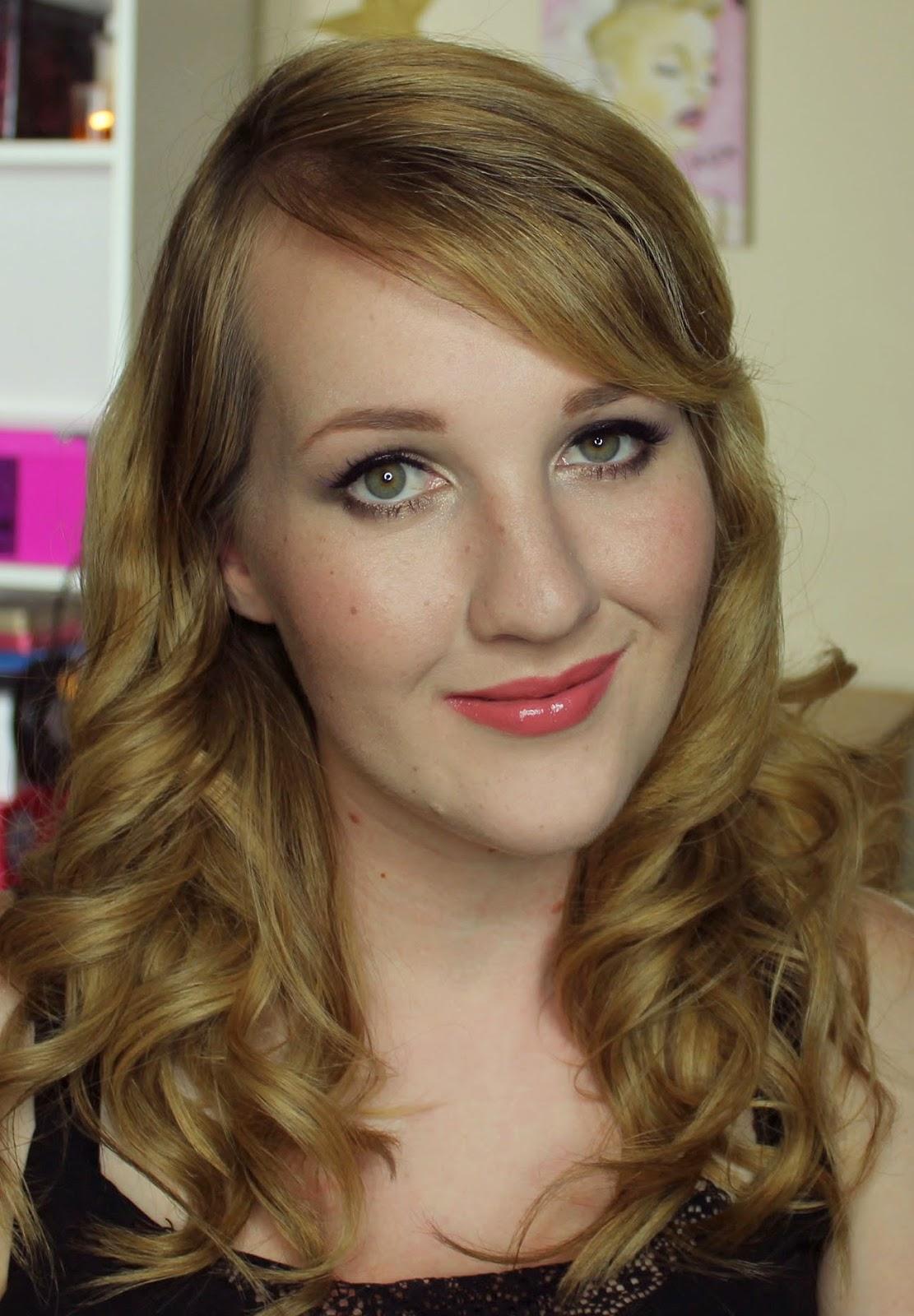 ZA Vibrant Moist Lipstick - RS342s swatches & review