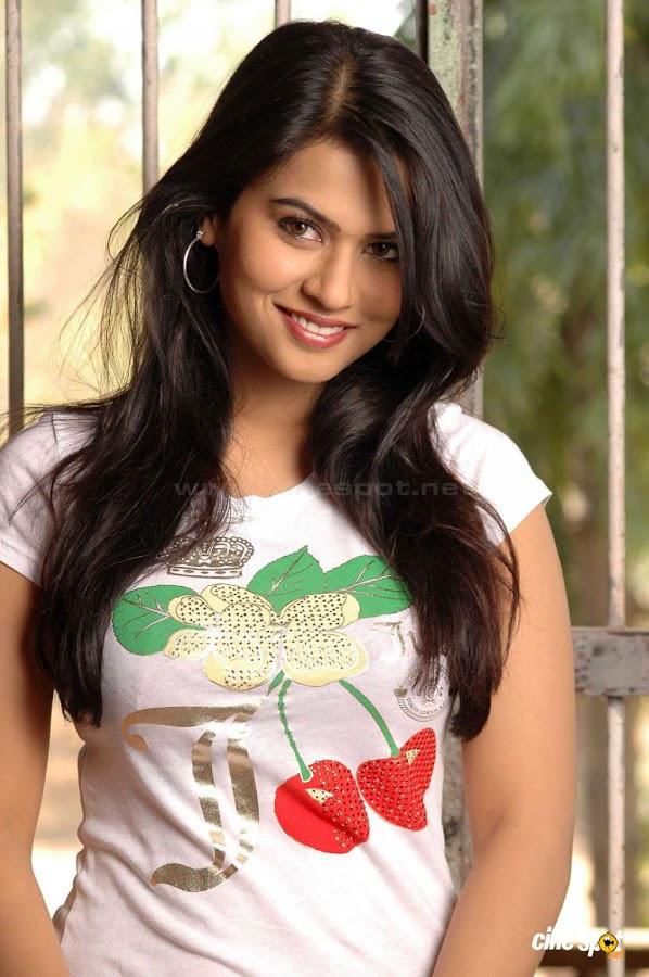 sharmila mandre new actress pics