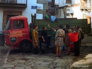 Camión del Tolo en Candelario Salamanca en 1969