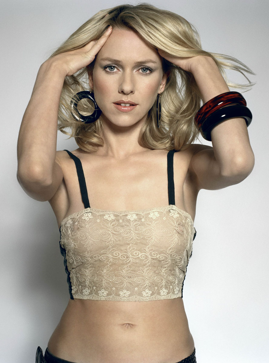 SNEAK PEEK: Naomi Watt... Naomi Watts