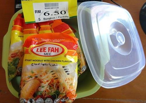 Beli Lee Fah Mee dapat PERCUMA bekas container, Lee Fah Mee Percuma bekas container Harga: RM6.50 Mi segera perencah ayam Lee Fah Mee