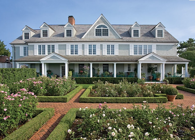 Simply beautiful now interior design dream team for Houses of the hamptons