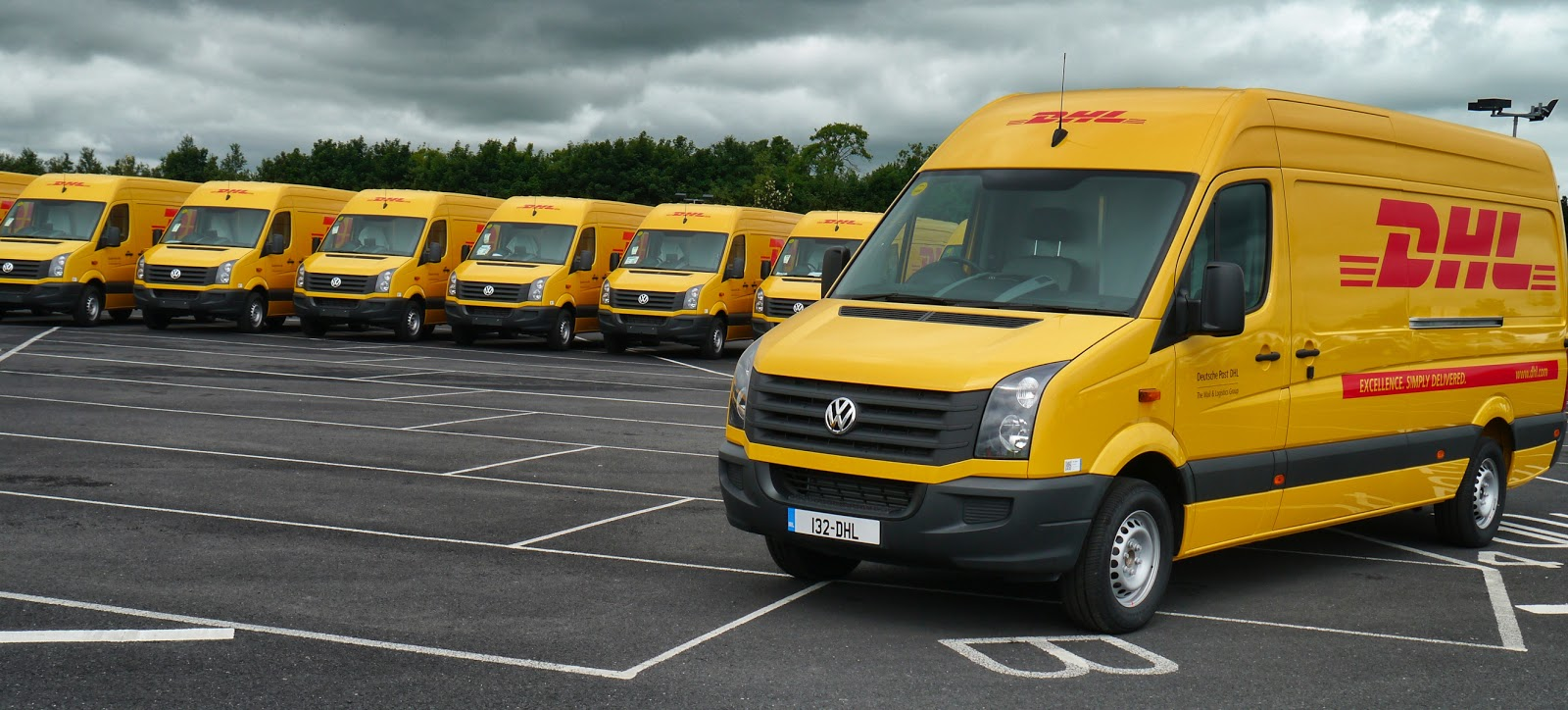 Bmw Sprinter Van >> Irish Car+Travel Magazine: DHL chooses VW Crafter