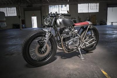 Kawasaki KZ400 Custom