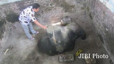 Kisah Mistis Gajah Ndekem Cepokosawit, Awas Bisa Kualat, Kemaluan Membengkak