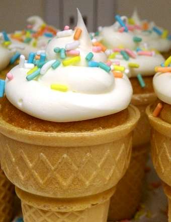 cupcake ice cream cones finished product, yum, best ever