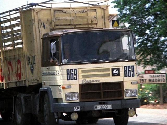http://nacional3rutahistorica.blogspot.com.es/2015/07/la-n-iii-en-la-serie-los-camioneros-1973.html
