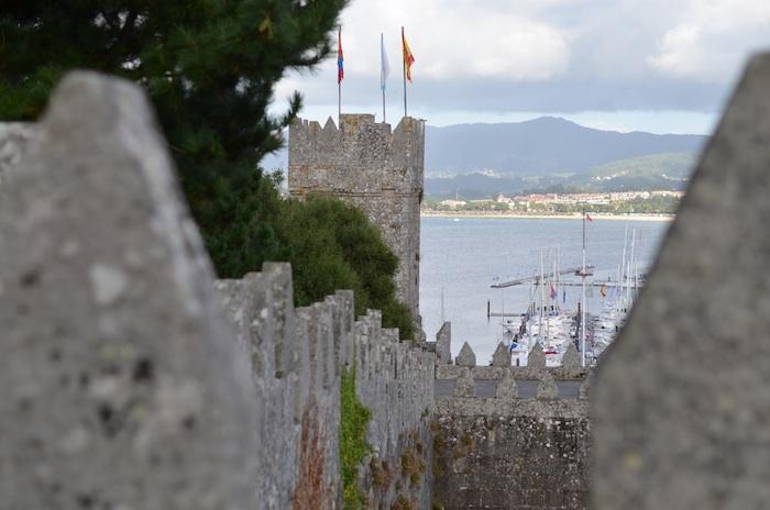 castillo baiona