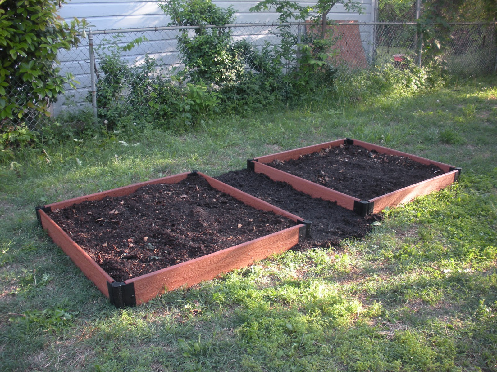 Life of a crafter crafting a raised garden bed on the cheap Raised garden beds