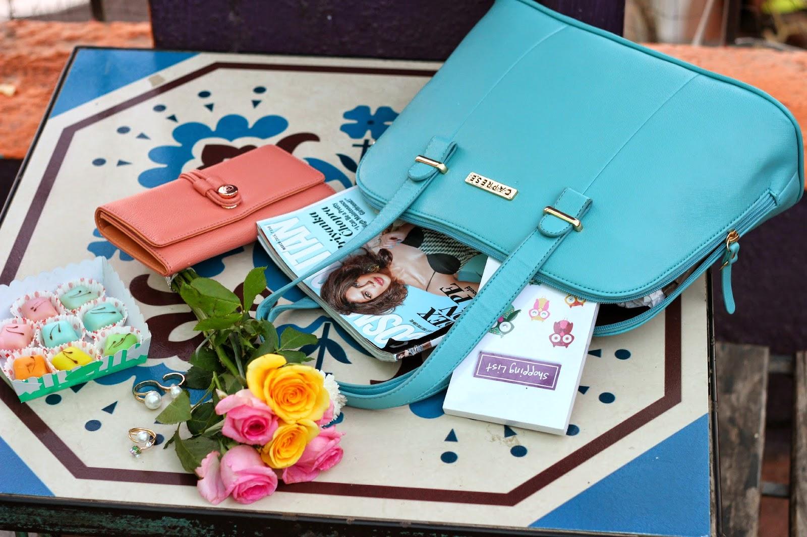 Caprese Zeta Satchel Medium in Light Blue, Pink Wallet,Roses