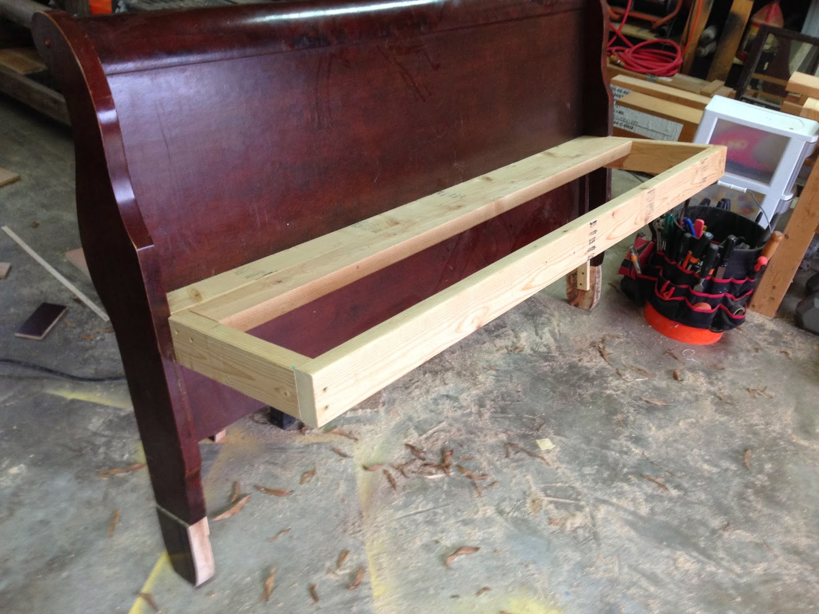 Southern Faces, Southern Places: DIY Bench from Headboard
