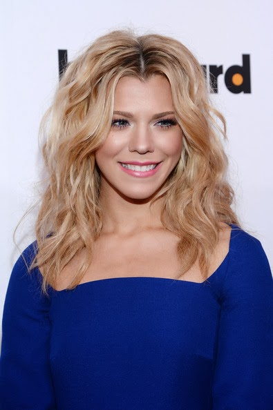 Kimberly Perry Hairstyle
