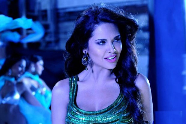 Raaz 3 Esha Gupta Interview - Exclusive