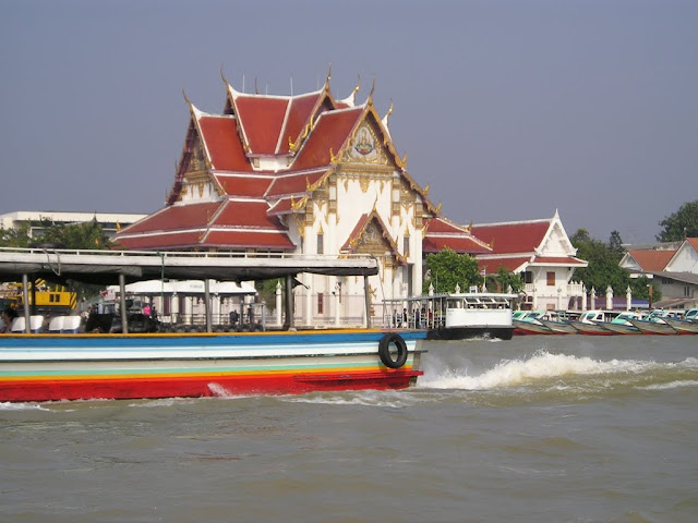 A beautiful temple along Chao Phraya River in Bangkok, Thailand