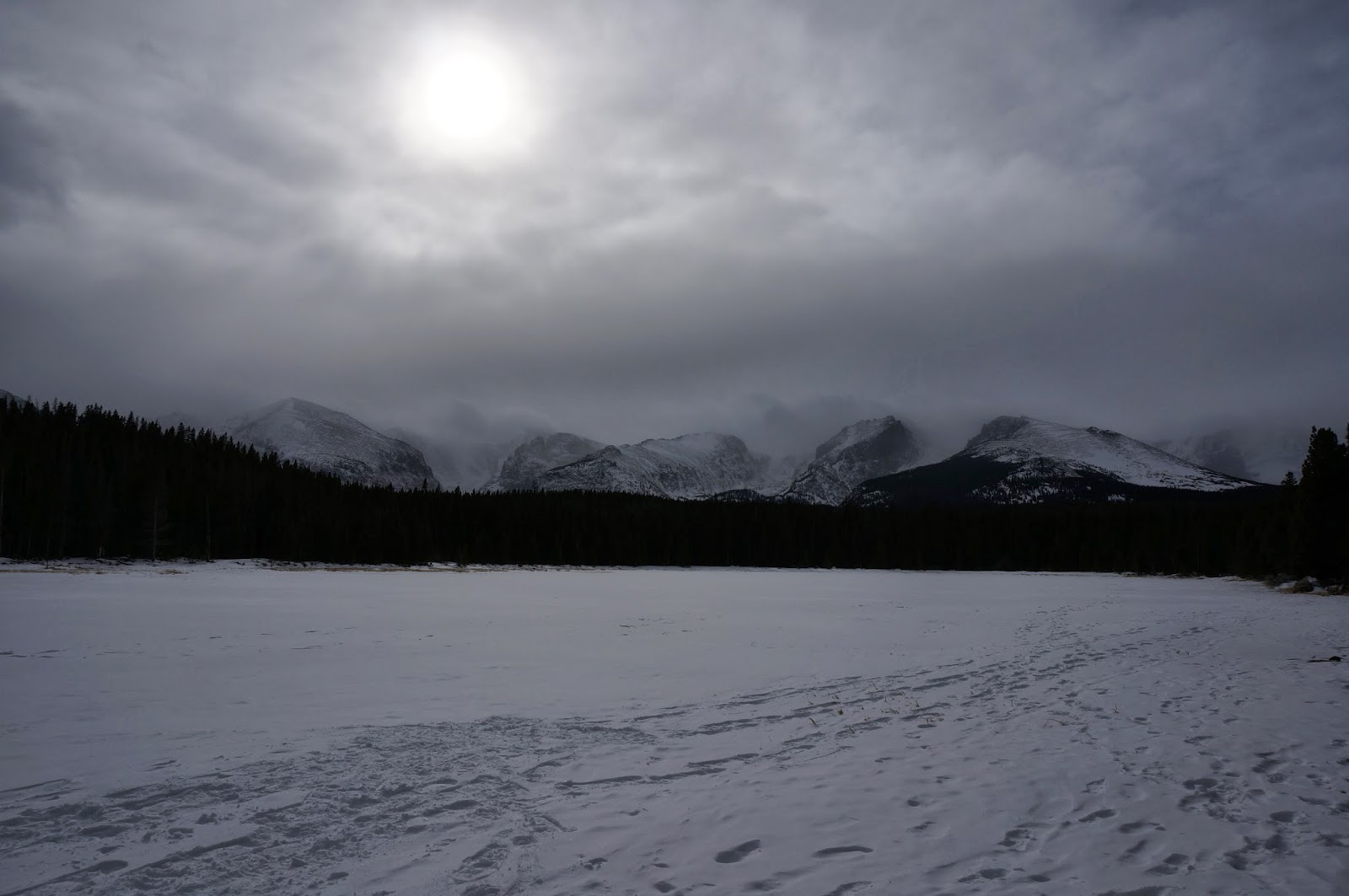 bierstadt lake winter rocky mountain national park co