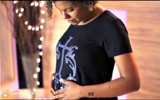 A cantora Nivea Soares está grávida de gêmeos