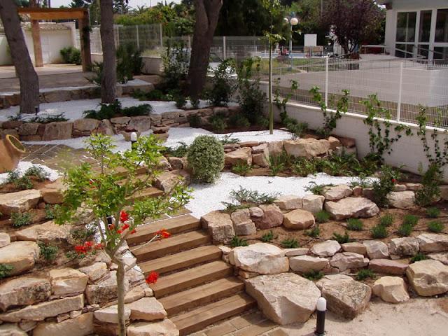 Arte y jardiner a plantas de rocalla for Plantas para rocallas