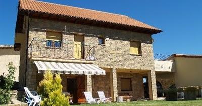 Decoraciones y modernidades fachadas rusticas para el hogar for Decoraciones rusticas para el hogar