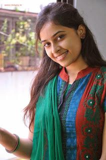 Sri-Divya-Latest-Cute-Stills