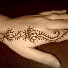 Salon Henna Tattoo Bodypainting and Facepainting Glitter Studio