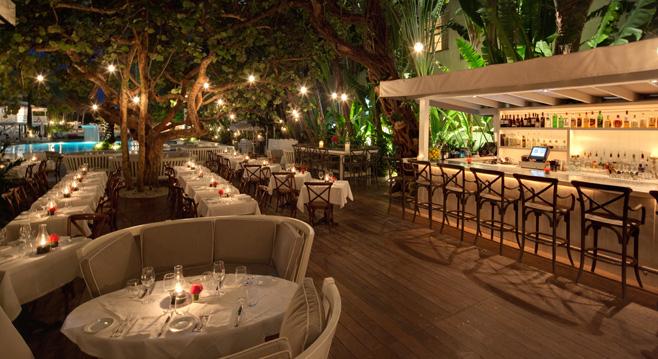 restaurant outdoor patio bars World Most Popular Places: Outdoor Restaurant Bar in Miami