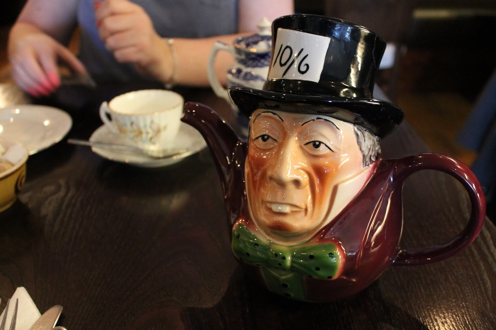 Falling down the rabbit hole - Mad Hatters Afternoon Tea at How Do You Do
