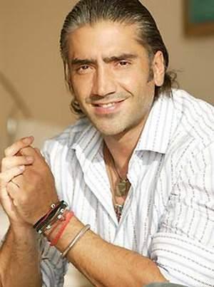 Alejandro fernandez un 10 de abril inicia gira de los for Cancion en el jardin de alejandro fernandez