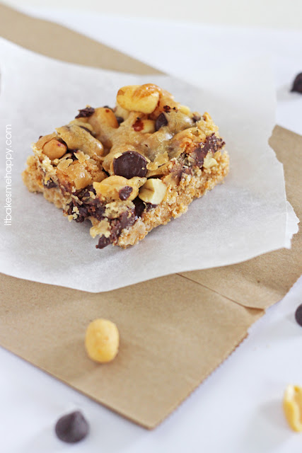 It Bakes Me Happy: Ultimate Shortbread Bars