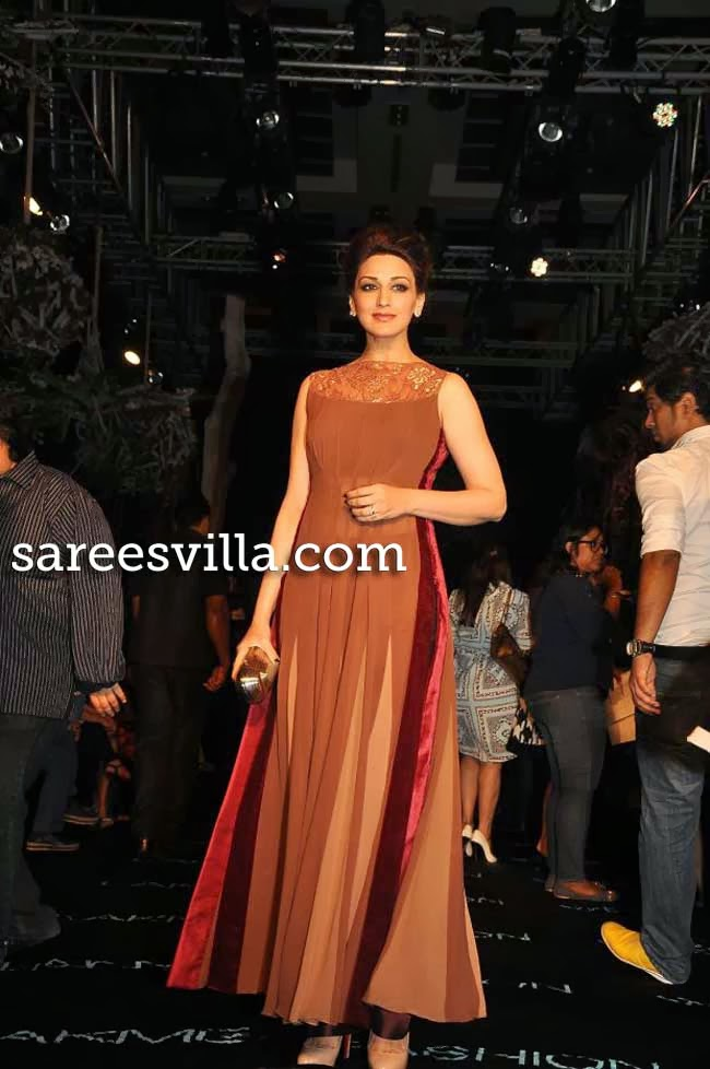 Sonali Bendre at Lakme Fashion Week Summer 2014