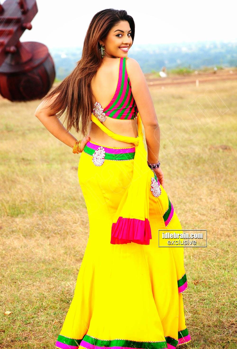 Richa Gangopadhyay ass back hot