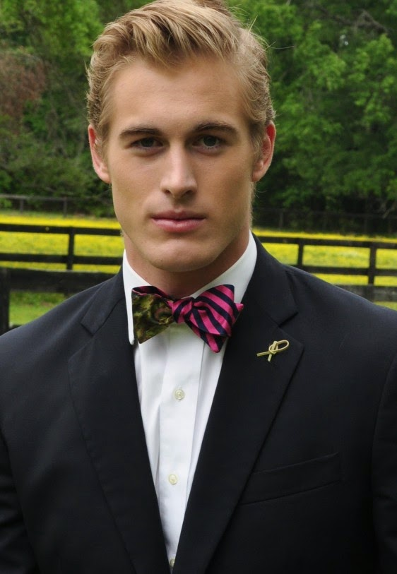 Social Primer Kensington Prep Pink/ Navy Silk Repp Bow Tie Camo