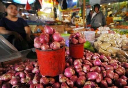 harga bawang merah di pasar Ambon Rawasari