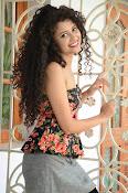 Soumya Sukumar New photo shoot-thumbnail-9