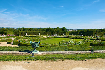Jardins du Chateau de Versailles, french for The Gardens of The Palace of Versailles, just outside Paris, France www.thebrighterwriter.blogspot.com